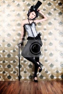 mujer con bastón