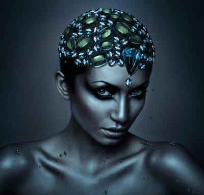 Cuadro mujer con la cabeza de la piedra preciosa