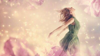Cuadro Mujer hermosa en una flor de fantasía rosa peonía