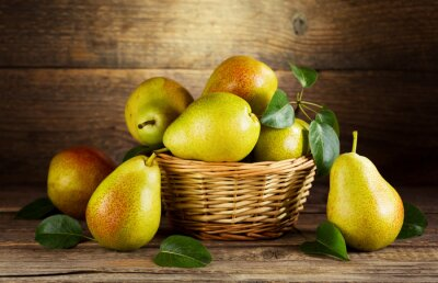 Cuadro naturaleza muerta con peras frescas