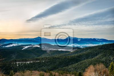 nevadas montañas de los Cárpatos