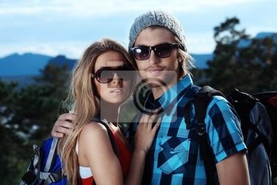pareja que viajaba