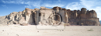 Pilares del Rey Salomón en el parque geológico Timna, Israel