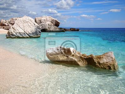 Playa rocosa en Cerdeña