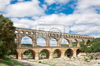 Pont du Gard - Acueducto romano en el sur de Francia, cerca de Nimes.