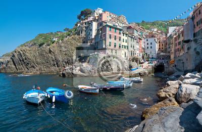 Pueblo costero de Rio Maggiore, Italia