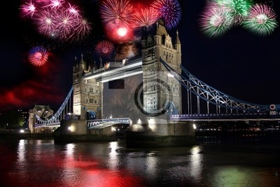 Cuadro Puente de la Torre con fuegos artificiales en Londres, Reino Unido