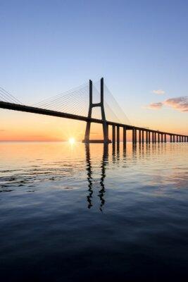 Cuadro Puente de Vasco da Gama, amanecer en lisboa