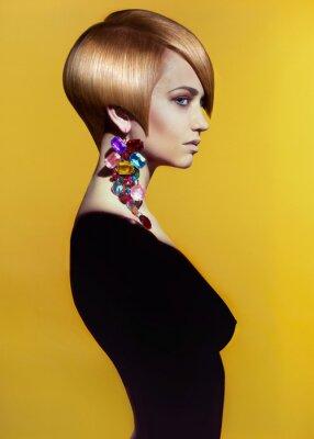 Cuadro Señora con elegante peinado