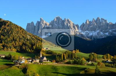 St. Magdalena en los Dolomitas