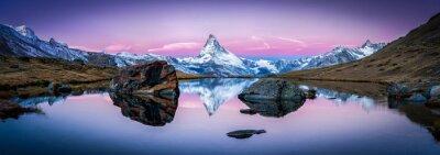 Cuadro Stellisee en Suiza con el Matterhorn en el fondo Panorama