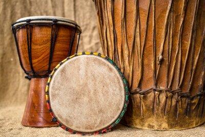 Cuadro tambores djembe hechos a mano