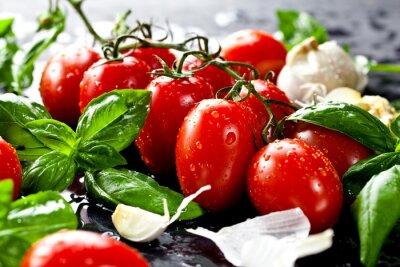 Cuadro Tomates frescos con albahaca y ajo