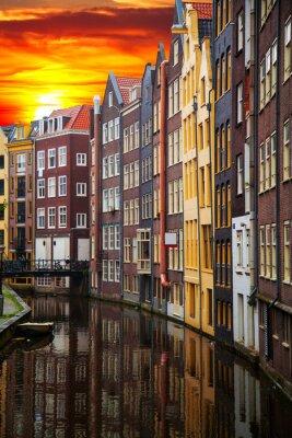 Cuadro Tradicionales edificios antiguos en Amsterdam