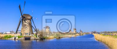 tradicionales Holland - Molinos de viento en Kinderdijk