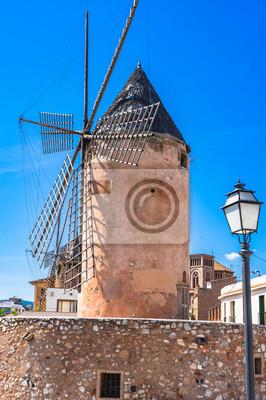 Traditionelle Windmühle en Palma de Mallorca España