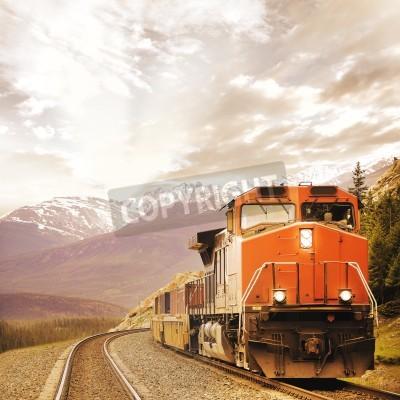 Cuadro Tren de carga en Las Rocosas Canadienses