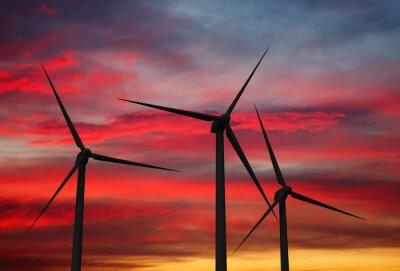 Cuadro Turbinas del generador de viento en el cielo