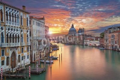 Cuadro Venecia. Imagen del Gran Canal en Venecia, con Santa Maria della Salute Basílica en el fondo.