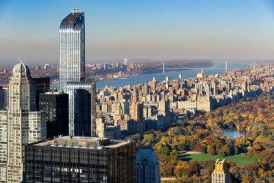 Cuadro Vista aérea de Central Park en otoño con Upper West Side en Manhattan, Nueva York. La vista incluye rascacielos de Midtown, el río Hudson y el puente de George Washington.