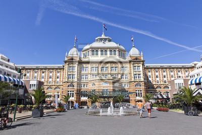 Vista frontal del Majestic Kurhaus Hotel en Scheveningen