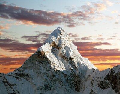 Fotomural Ama Dablam en el camino al Campamento Base del Everest