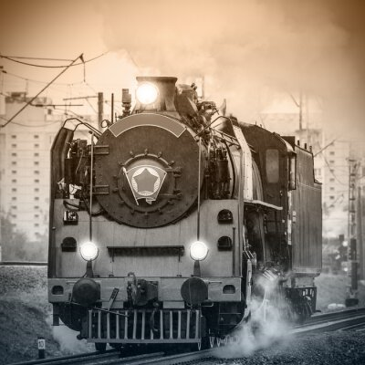 Fotomural Antigua locomotora de vapor rusa retro.