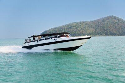 Fotomural Barco de crucero en el mar de Andamán, Tailandia
