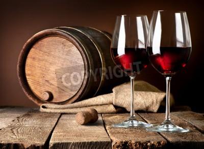 Fotomural Barril y copas de vino tinto en una mesa de madera