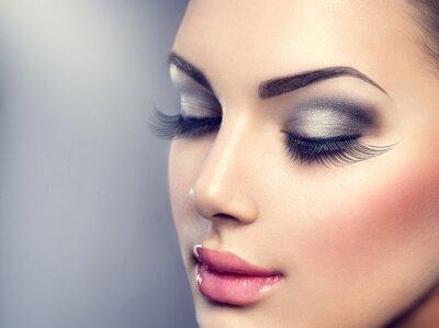 Fotomural Beautiful fashion luxury makeup. Long eyelashes, perfect skin