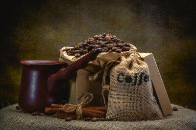Fotomural Bolsa de café sobre fondo oscuro