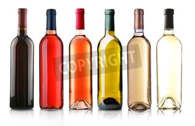 Fotomural Botellas de vino en fila aislado en blanco