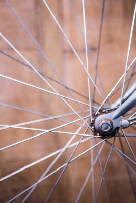 Fotomural Cierre de vista de los radios de la rueda de una bicicleta