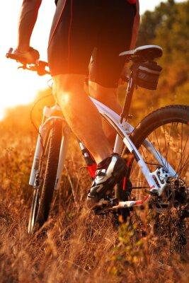 Fotomural Cierre de vista trasera de los pedales de bicicleta spining mujer