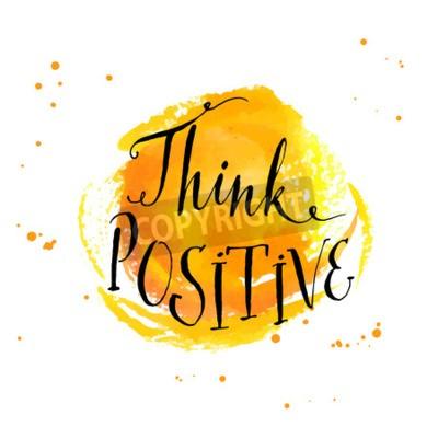 Fotomural Cita inspirada de la caligrafía moderna - piense positivo - en el fondo amarillo de la acuarela