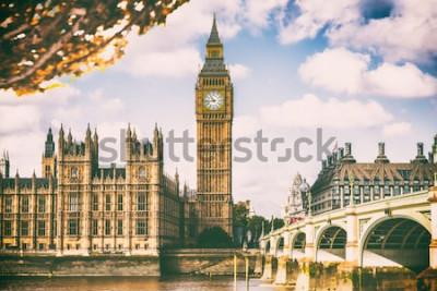 Fotomural Ciudad de Londres en el follaje de otoño - fondo del icono del viaje del destino de Autum Europa.