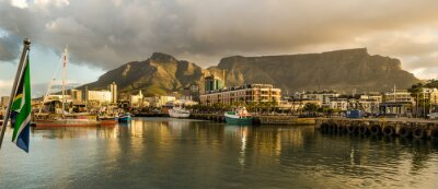 Fotomural Ciudad del Cabo, Sudafrica, Waterfront, tramonto, Table Mountain