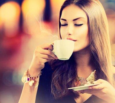 Fotomural Coffee. Beautiful Girl Té de consumición o café