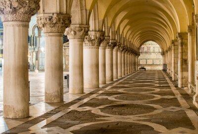 Fotomural Columnas antiguas en Venecia. Arcos en la Plaza de San Marco, Venecia