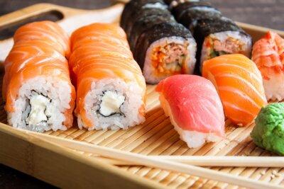 Fotomural Conjunto de sushi japonés