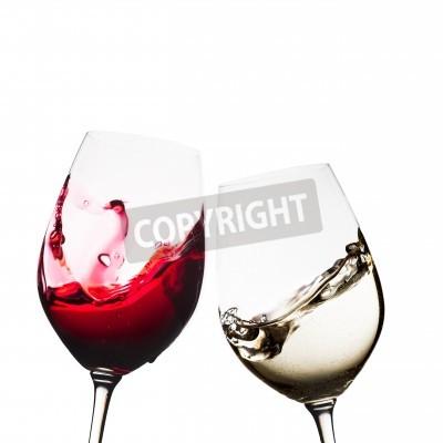 Fotomural Copas de vino tinto y blanco aislados