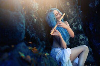 Fotomural Criatura etérea del bosque tocando flauta