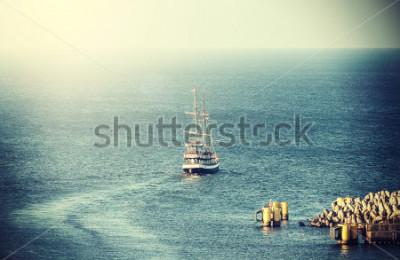 Fotomural Cuadro de la vendimia del barco de vela viejo que del acceso.