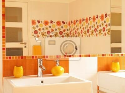 Cuarto de baño moderno con los azulejos de la decoración de la ...