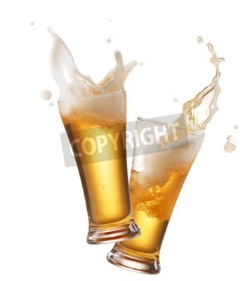 Fotomural Dos vasos de cerveza tostado creando chapoteo