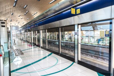 Fotomural Estación de metro en Dubai