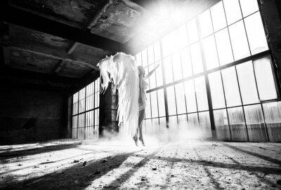 Fotomural Foto con la persona y alas de ángel
