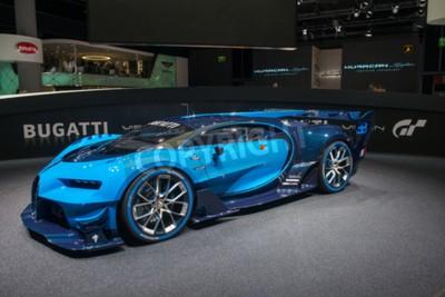 Fotomural FRANKFURT, ALEMANIA - 16 DE SEPTIEMBRE DE 2015: Salón Internacional del Automóvil de Frankfurt (IAA) 2015. Bugatti Vision Gran Turismo - estreno mundial.