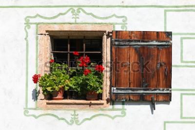 Fotomural Hermosa casa de campo ventana con flores