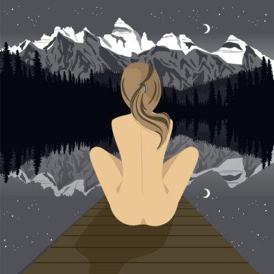 Fotomural Hermosa joven mujer desnuda sentada en el muelle mirando lago de montaña en la noche